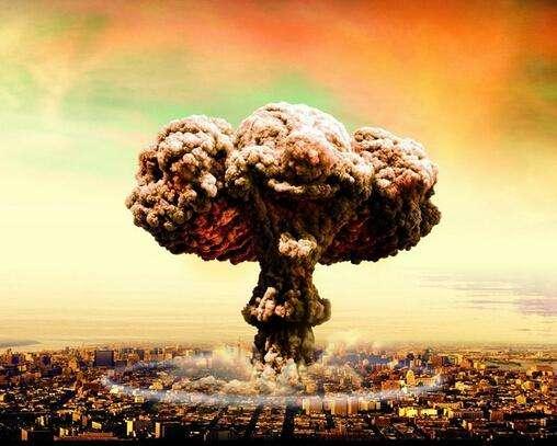 原子弹及其爆破后的蘑菇云